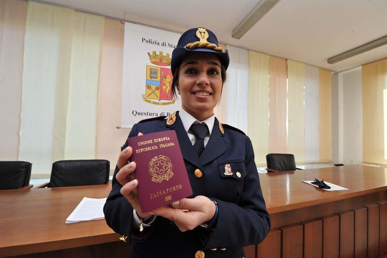 Nuovo sportello per i passaporti urgenti - Giornale di brescia