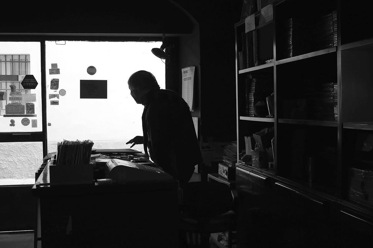 86e432da28f8 Il mondo astratto di Camarillo raccontato in un cortometraggio - Giornale  di brescia