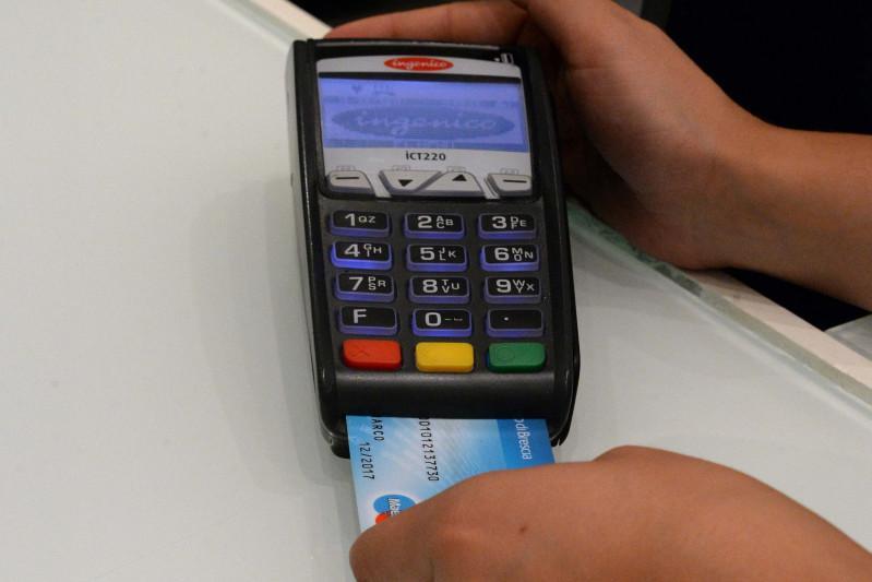 Pagare in contanti diventerà un problema - Giornale di Brescia