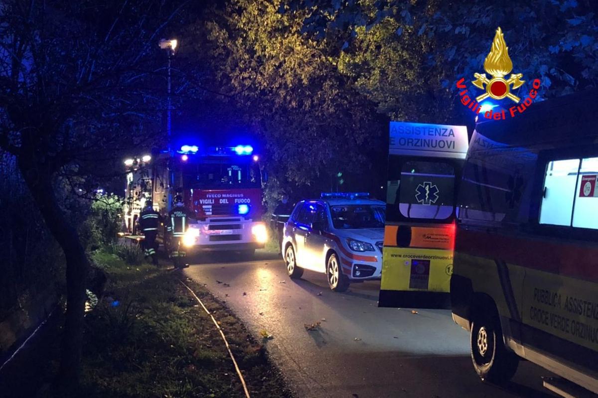 Auto esce di strada a Chiari: è morto uno dei ragazzi a bordo - Giornale di brescia