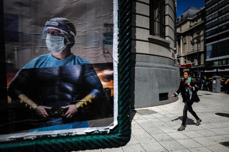 Coronavirus, pandemia (simbolica) - Foto Ansa  © www.giornaledibrescia.it