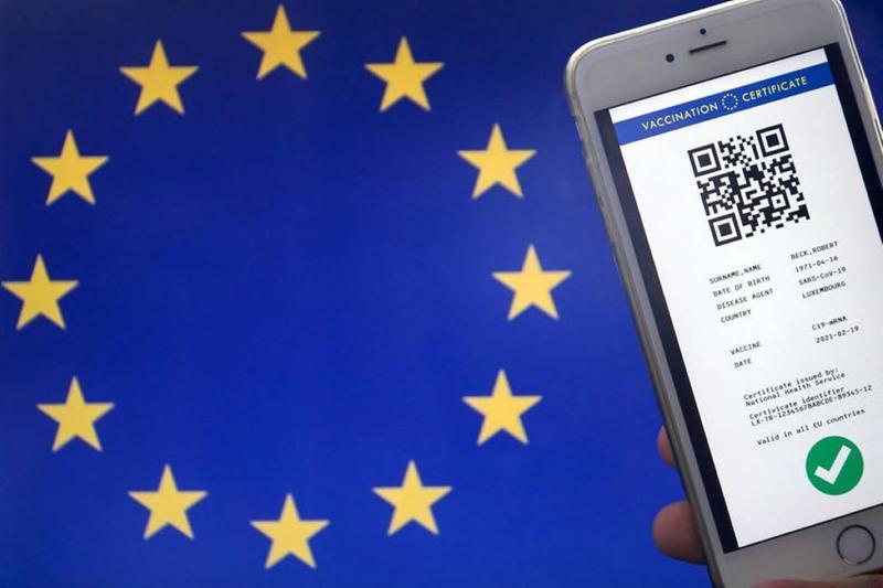 Il passaporto vaccinale europeo - Foto Ansa  © www.giornaledibrescia.it