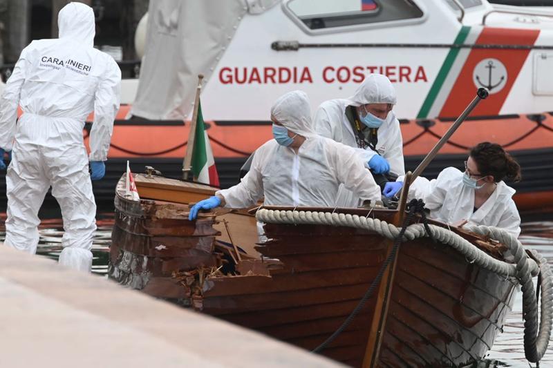 Le indagini sull'incidente nautico dei carabinieri a Salò - Foto Gabriele Strada /Neg © www.giornaledibrescia.it