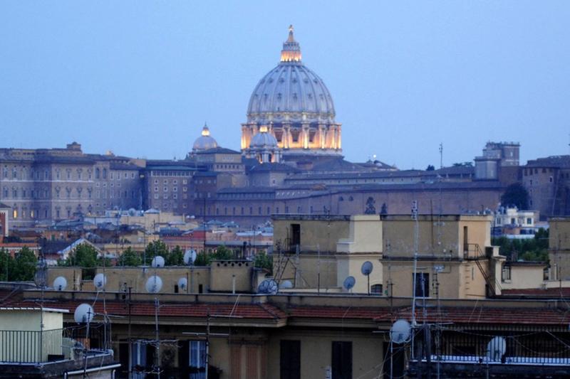 La cupola di San Pietro - Foto Marco Ortogni/Neg © www.giornaledibrescia.it
