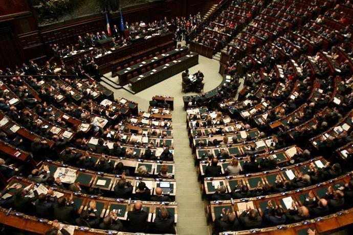 Senato e camera la ripartizione dei seggi giornale di for Seggi senato