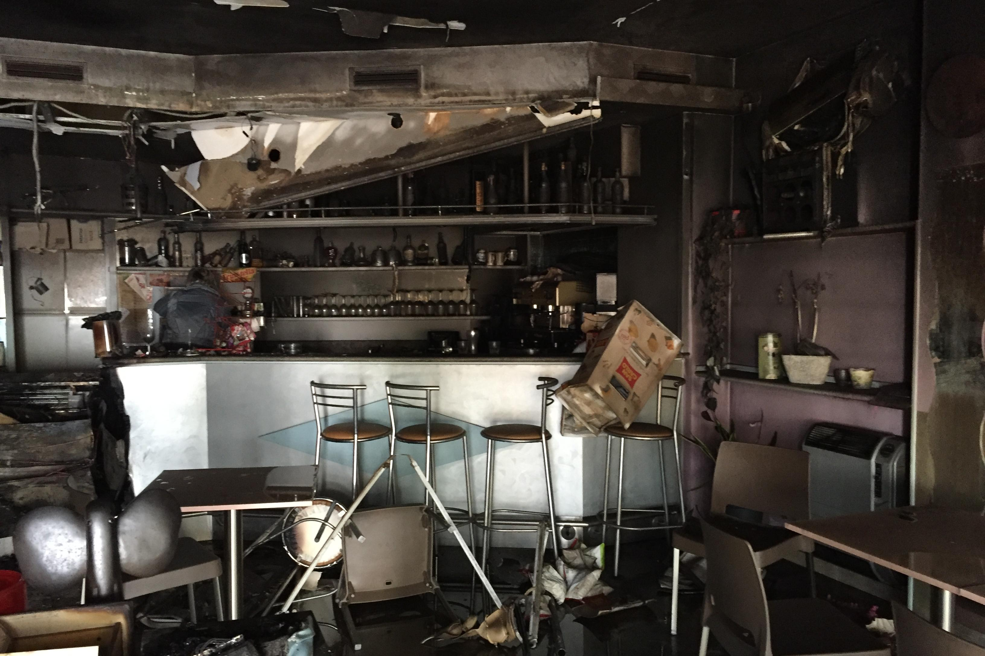 Risultati immagini per L'incendio al bar manhattan