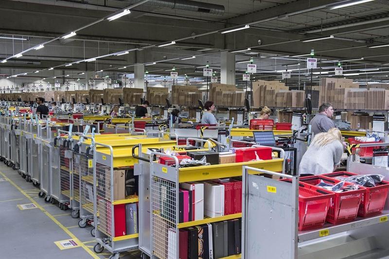 Amazon nuova sede a milano e 700 assunzioni giornale di - Amazon porta nuova ...